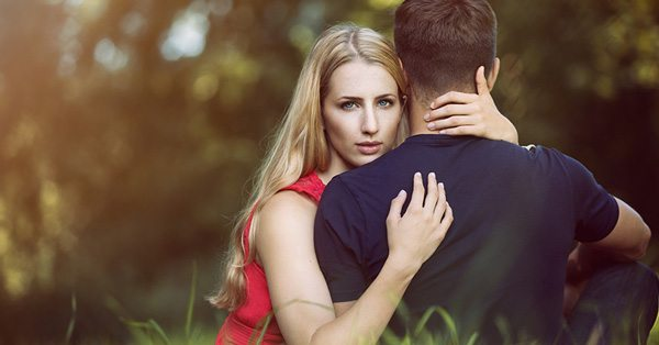 Body Language 7 Sure Fire Signs Of A Cheating Spouse